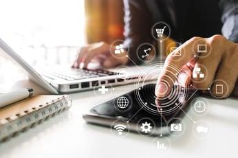 稟議書を電子化するメリットは?ワークフローシステムを活用して業務効率改善